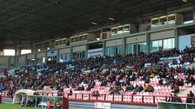 La afición de la SD Logroñés en Las Gaunas